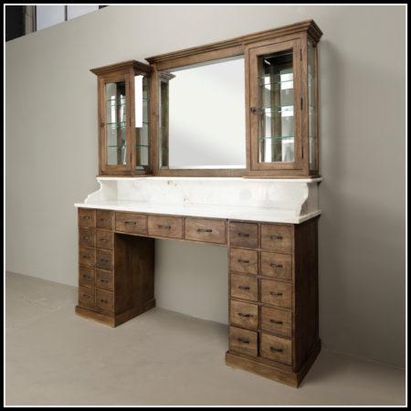Vintage Barber meubel | Facet geslepen spiegels | Vitrinekasten | Kappers interieur | Kapmeubel | Barbier | Heren kapsalon inrichting