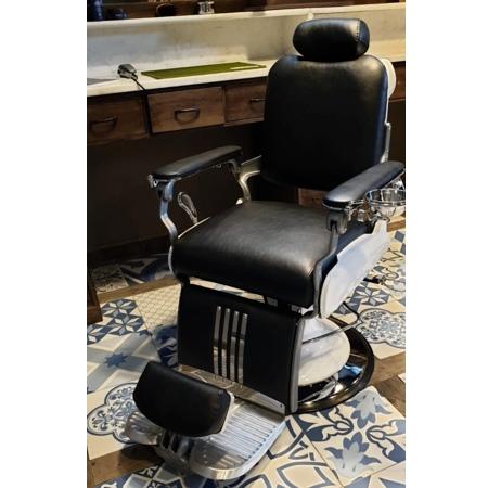 Barberstoel | Zwart & Wit | Oldschool barberchair | Beste prijzen | Hoge kwaliteit pomp | Echt leer | Benelux bezorging | Barberzetel